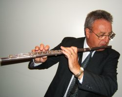Ron Nairn is an australian Jazz Musician and multi instrumentalist